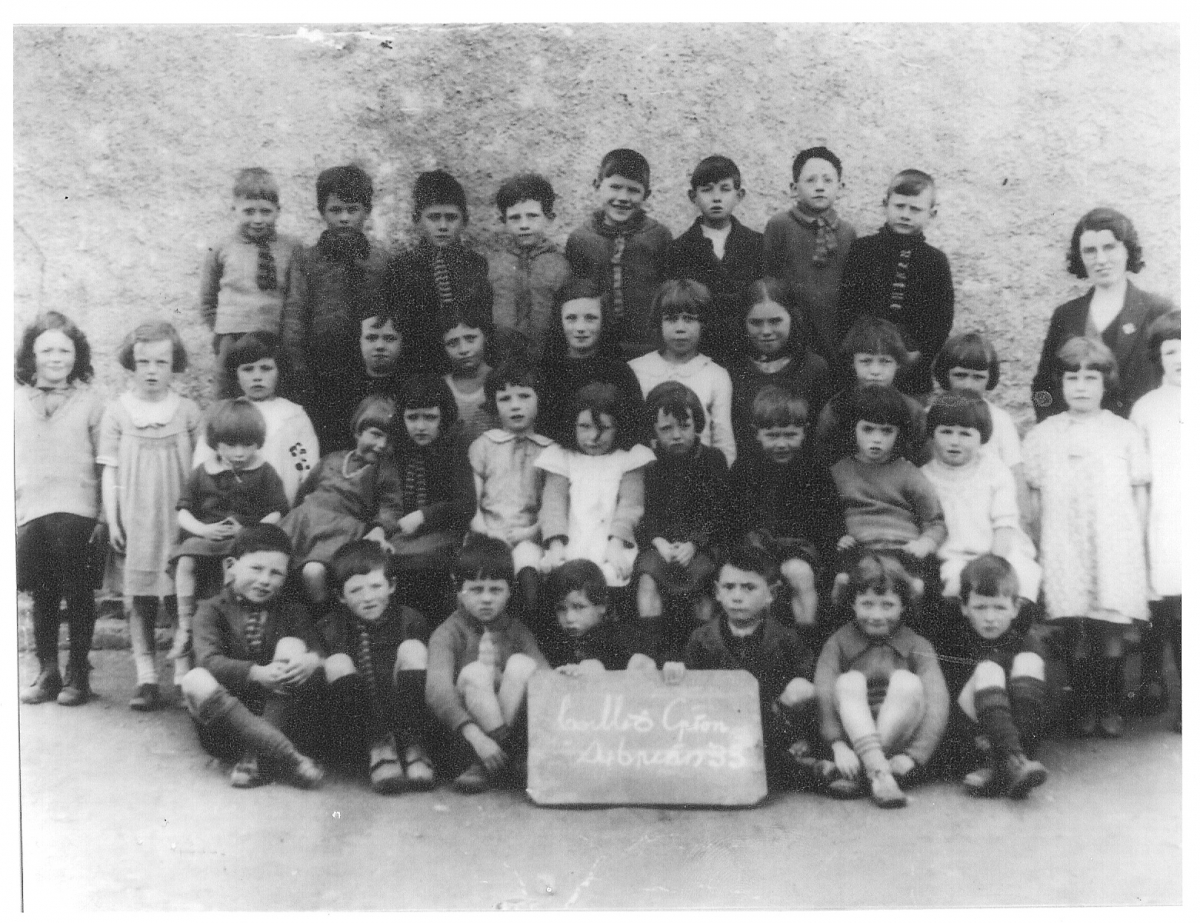 Killycreen-School-Group-1933-x-2 (1)